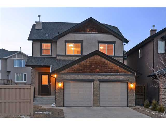 Main Photo: 12 ASPEN STONE Terrace SW in CALGARY: Aspen Woods Residential Detached Single Family for sale (Calgary)  : MLS®# C3610941