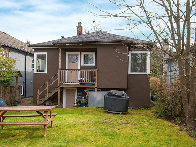 Photo 14: Photos: 4627 W 15TH Avenue in Vancouver: Point Grey House for sale (Vancouver West)  : MLS®# V1119378
