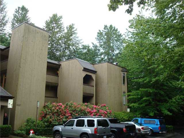 Main Photo: 205 3187 MOUNTAIN HIGHWAY in : Lynn Valley Condo for sale (North Vancouver)  : MLS®# V836769