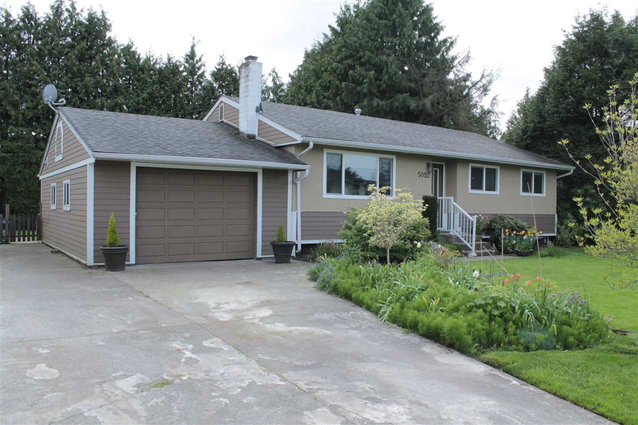 Main Photo: 5052 59A Street in Delta: Hawthorne House for sale (Ladner)  : MLS®# R2055789
