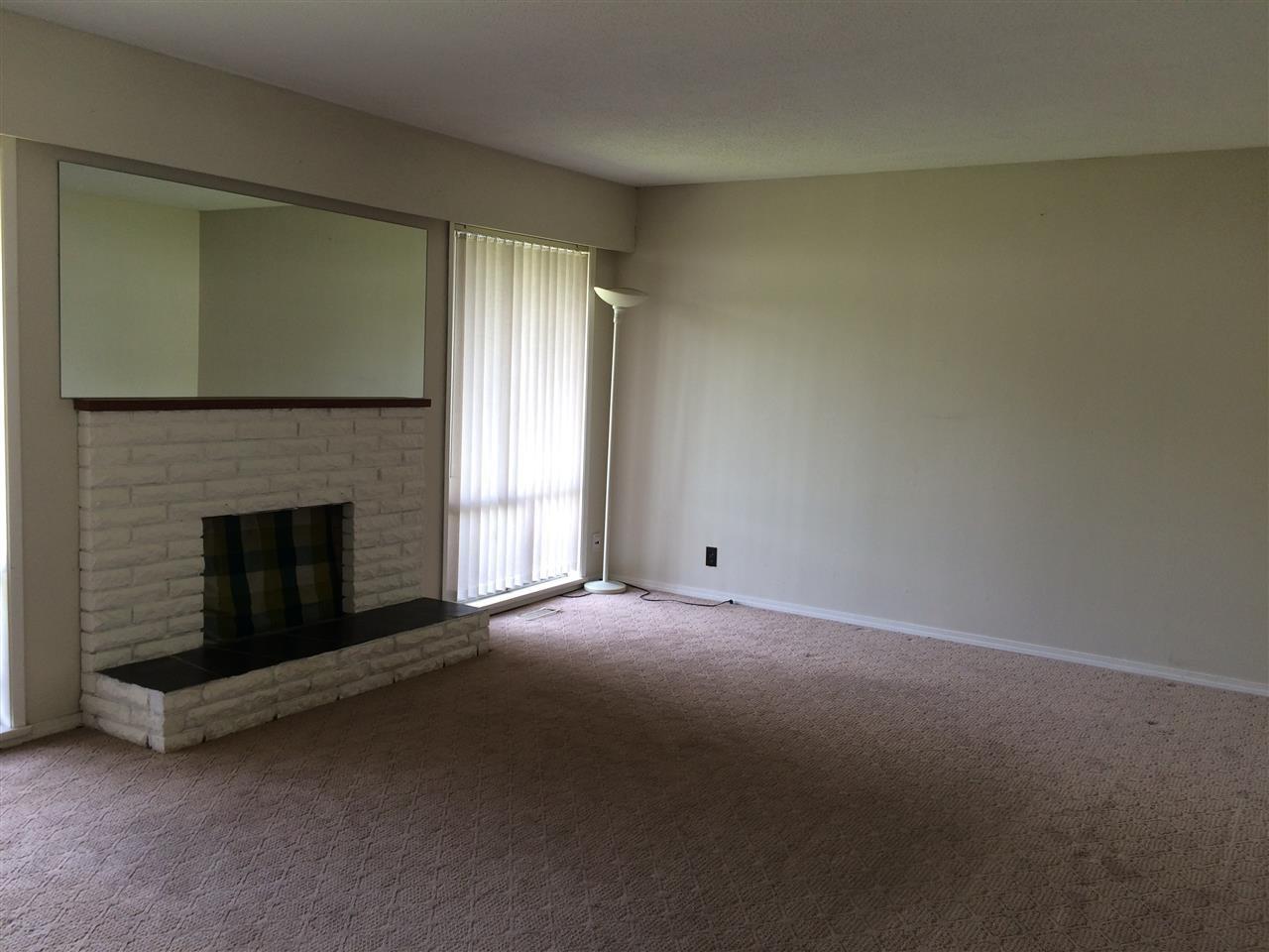 Photo 2: Photos: 12361 BONSON Road in Pitt Meadows: Mid Meadows House for sale : MLS®# R2078094