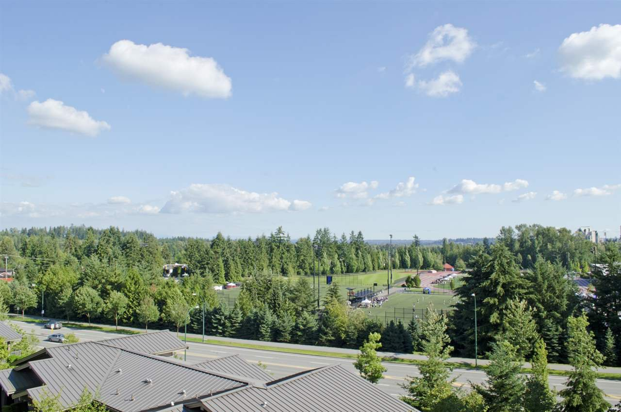 """Main Photo: 507 3110 DAYANEE SPRINGS Boulevard in Coquitlam: Westwood Plateau Condo for sale in """"LEDGEVIEW"""" : MLS®# R2091042"""