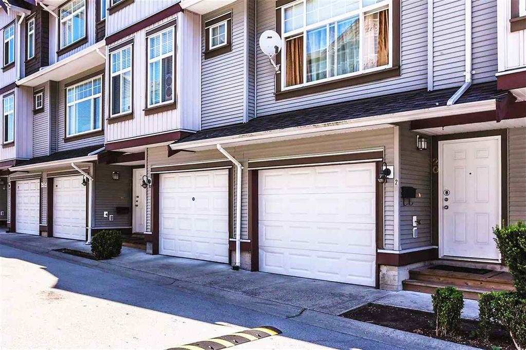 "Main Photo: 20 12585 72 Avenue in Surrey: West Newton Townhouse for sale in ""Kwantlen Viilage"" : MLS®# R2152665"