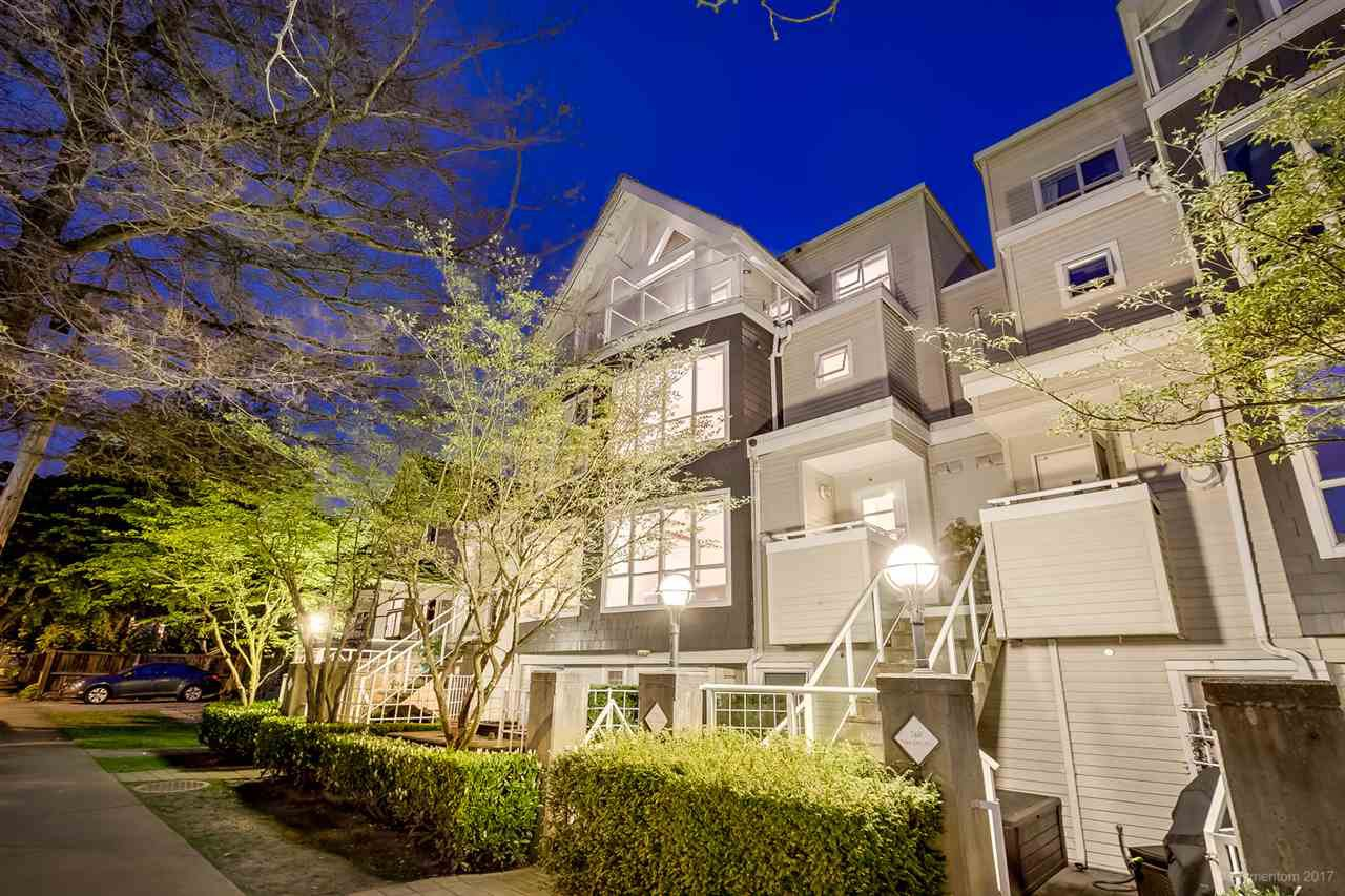 "Main Photo: 758 W 15TH Avenue in Vancouver: Fairview VW Townhouse for sale in ""Sixteen Willows"" (Vancouver West)  : MLS®# R2166051"
