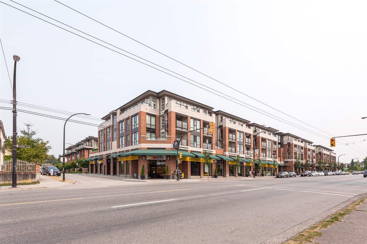 "Main Photo: 413 4550 FRASER Street in Vancouver: Fraser VE Condo for sale in ""CENTURY"" (Vancouver East)  : MLS®# R2186913"