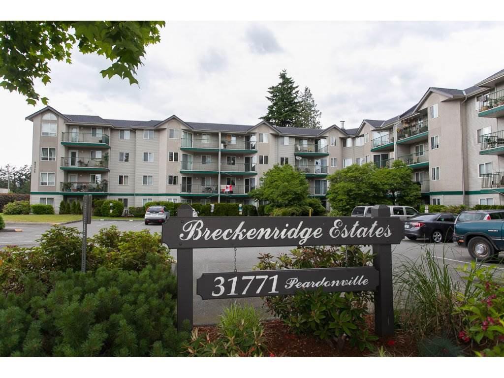 """Main Photo: 204 31771 PEARDONVILLE Road in Abbotsford: Abbotsford West Condo for sale in """"Breckenridge"""" : MLS®# R2215649"""