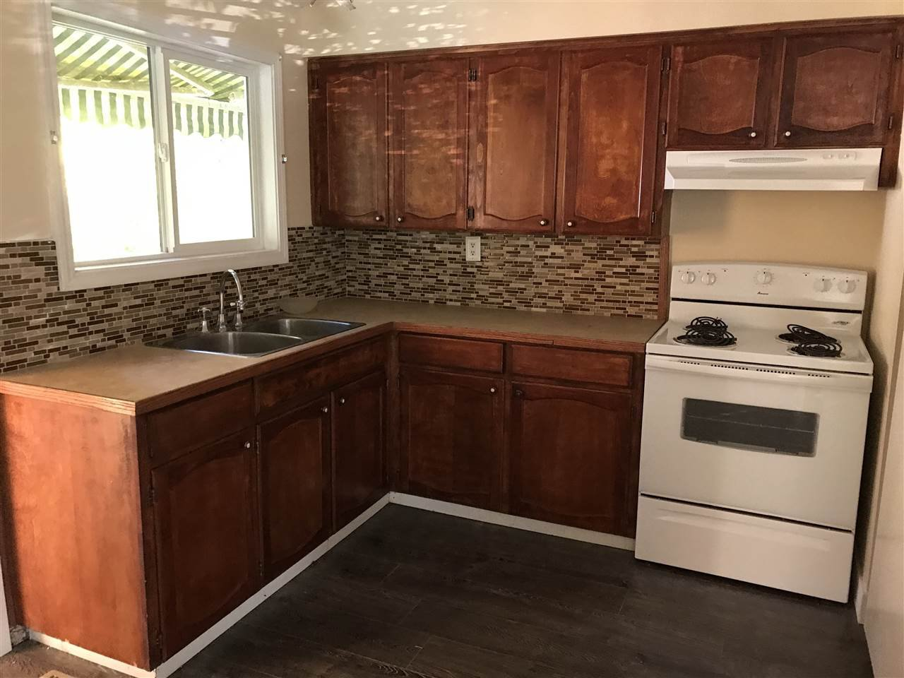 """Photo 4: Photos: 15859 THRIFT Avenue: White Rock House for sale in """"White Rock"""" (South Surrey White Rock)  : MLS®# R2220457"""