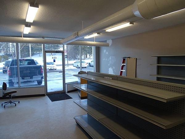 Photo 3: Photos: 460 Osborne Street: Beaverton Commercial for lease (Brock)  : MLS®# N4009006