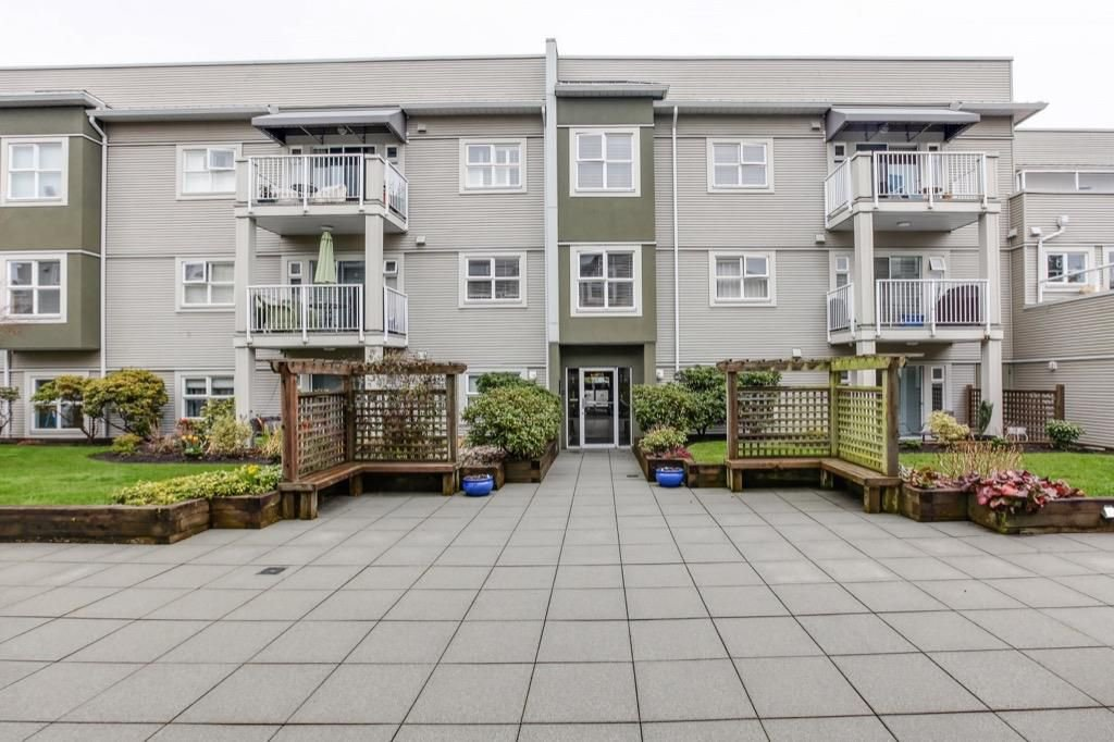 "Main Photo: 207 4738 53 Street in Delta: Delta Manor Condo for sale in ""SUNNINGDALE PHASE 1"" (Ladner)  : MLS®# R2251388"
