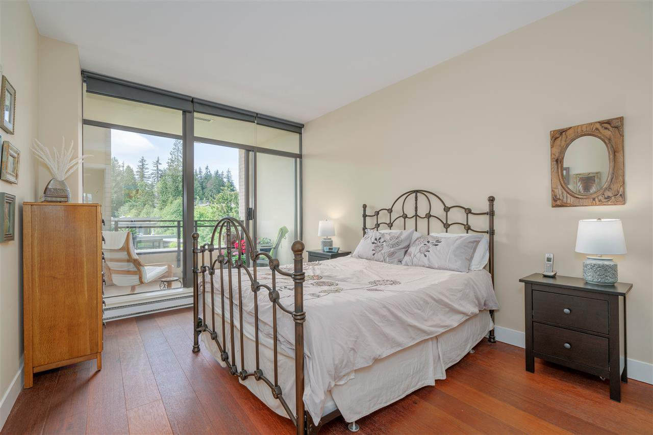 """Photo 8: Photos: 601 9310 UNIVERSITY Crescent in Burnaby: Simon Fraser Univer. Condo for sale in """"ONE UNIVERSITY"""" (Burnaby North)  : MLS®# R2272823"""