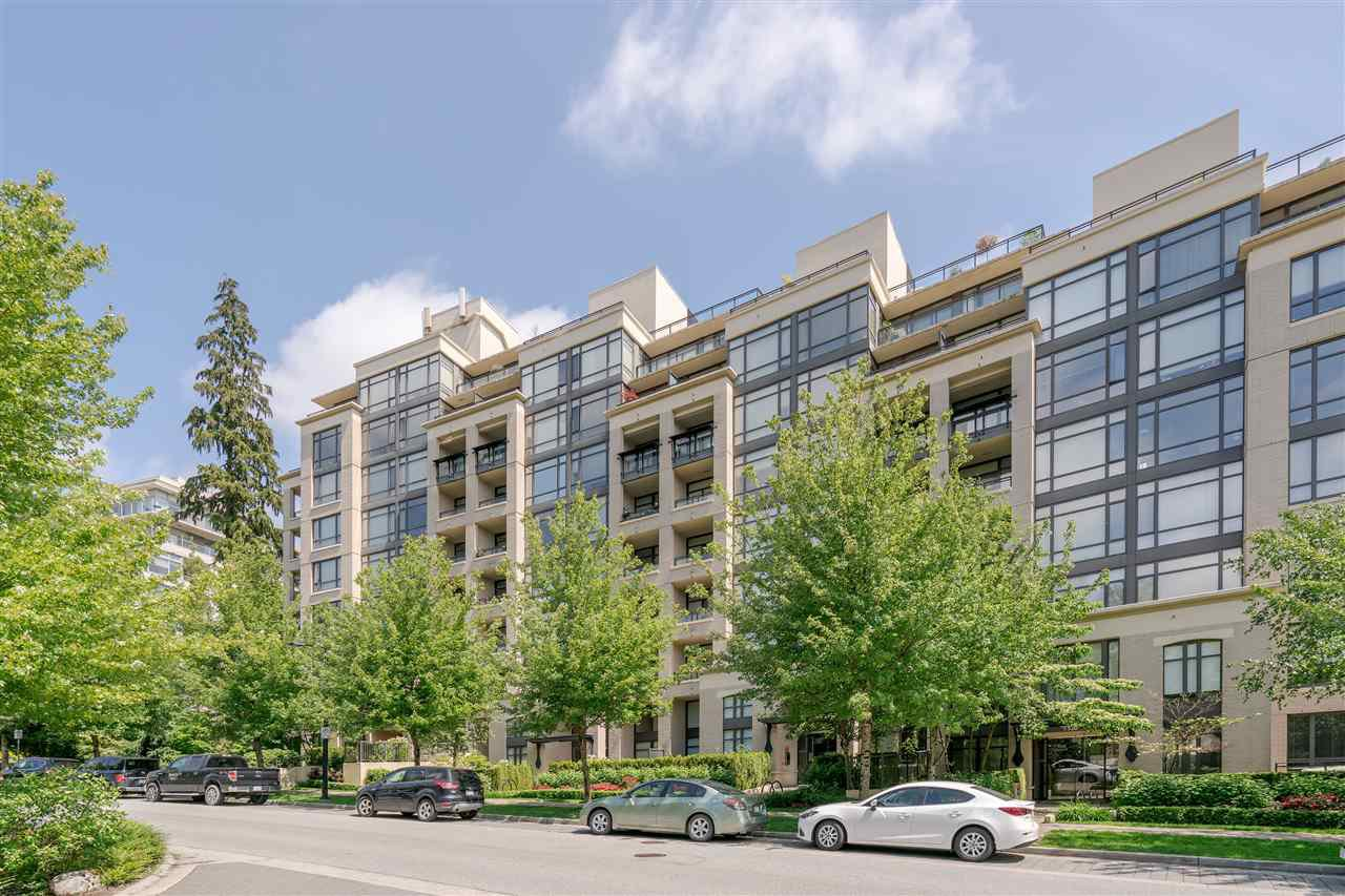 """Photo 1: Photos: 601 9310 UNIVERSITY Crescent in Burnaby: Simon Fraser Univer. Condo for sale in """"ONE UNIVERSITY"""" (Burnaby North)  : MLS®# R2272823"""