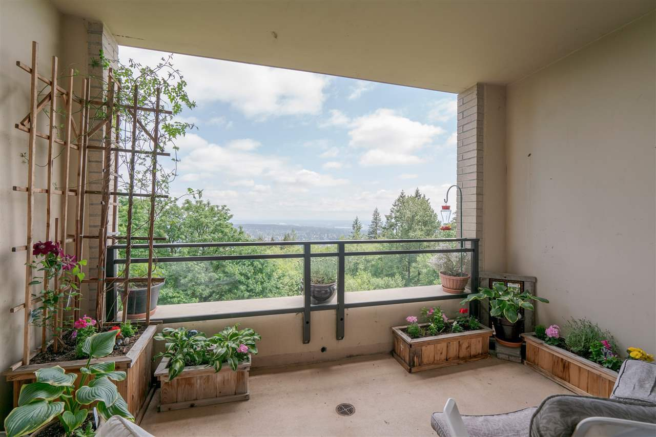 """Photo 14: Photos: 601 9310 UNIVERSITY Crescent in Burnaby: Simon Fraser Univer. Condo for sale in """"ONE UNIVERSITY"""" (Burnaby North)  : MLS®# R2272823"""