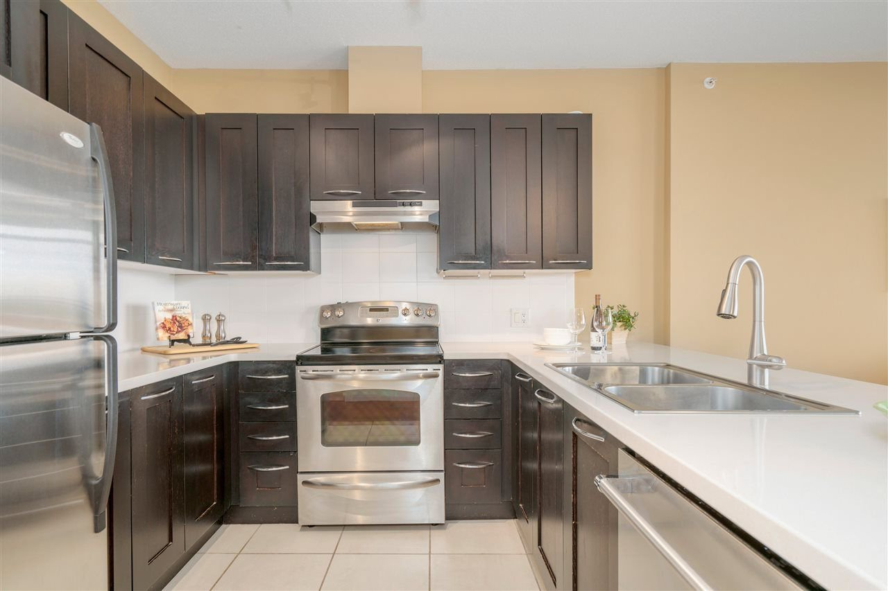 """Photo 7: Photos: 601 9310 UNIVERSITY Crescent in Burnaby: Simon Fraser Univer. Condo for sale in """"ONE UNIVERSITY"""" (Burnaby North)  : MLS®# R2272823"""