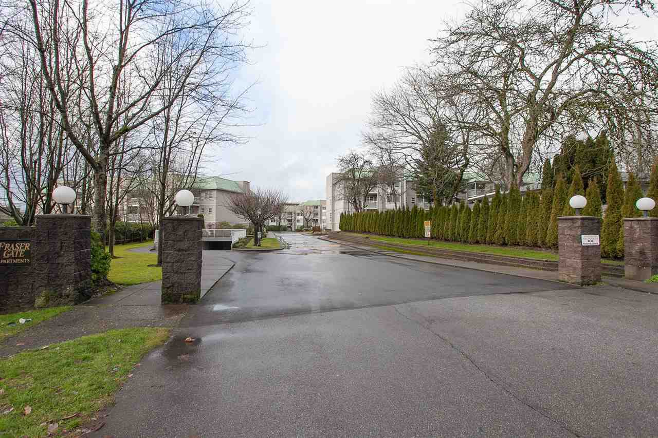 """Photo 20: Photos: 305 9767 140 Street in Surrey: Whalley Condo for sale in """"FRASER GATE"""" (North Surrey)  : MLS®# R2347201"""