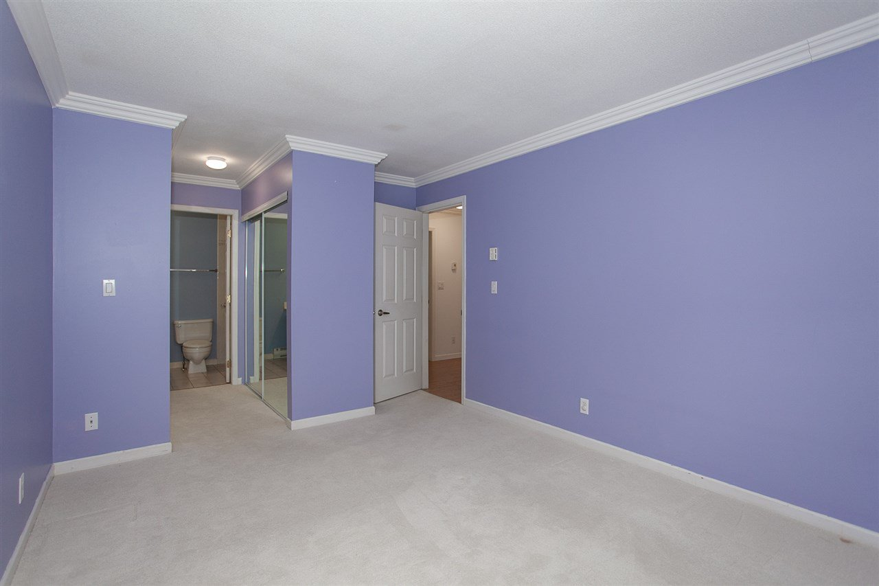 """Photo 12: Photos: 305 9767 140 Street in Surrey: Whalley Condo for sale in """"FRASER GATE"""" (North Surrey)  : MLS®# R2347201"""