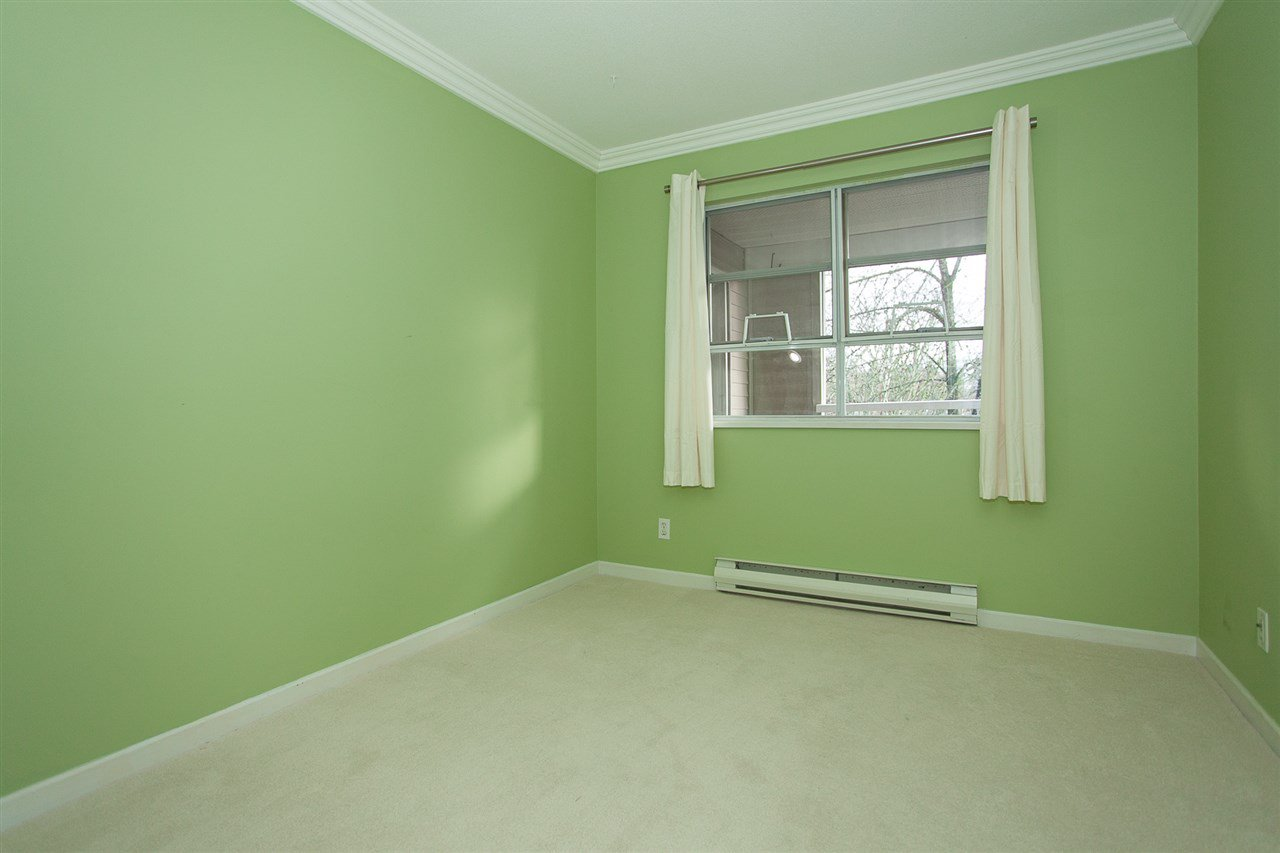 """Photo 15: Photos: 305 9767 140 Street in Surrey: Whalley Condo for sale in """"FRASER GATE"""" (North Surrey)  : MLS®# R2347201"""
