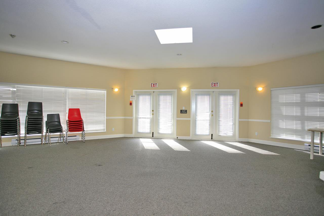 """Photo 19: Photos: 305 9767 140 Street in Surrey: Whalley Condo for sale in """"FRASER GATE"""" (North Surrey)  : MLS®# R2347201"""