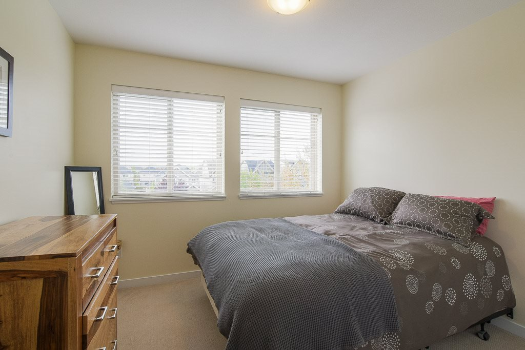 """Photo 13: Photos: 201 6706 192 Diversion in Surrey: Clayton Townhouse for sale in """"One92 Townhomes"""" (Cloverdale)  : MLS®# R2362276"""