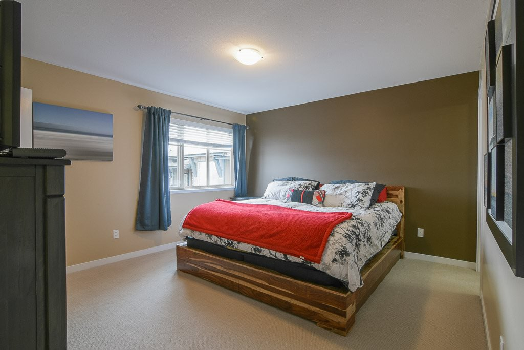 """Photo 16: Photos: 201 6706 192 Diversion in Surrey: Clayton Townhouse for sale in """"One92 Townhomes"""" (Cloverdale)  : MLS®# R2362276"""