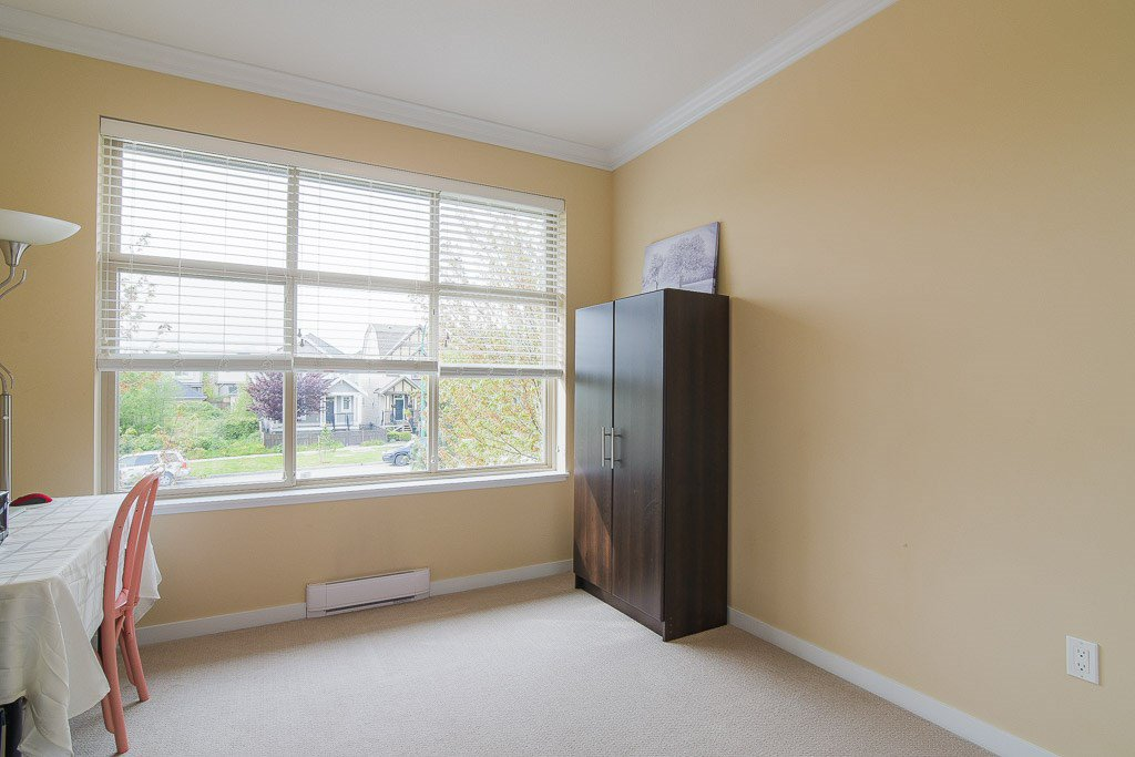 """Photo 12: Photos: 201 6706 192 Diversion in Surrey: Clayton Townhouse for sale in """"One92 Townhomes"""" (Cloverdale)  : MLS®# R2362276"""