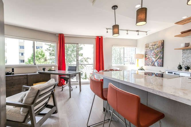 """Main Photo: 503 1930 MARINE Drive in West Vancouver: Ambleside Condo for sale in """"Park Marine"""" : MLS®# R2375398"""