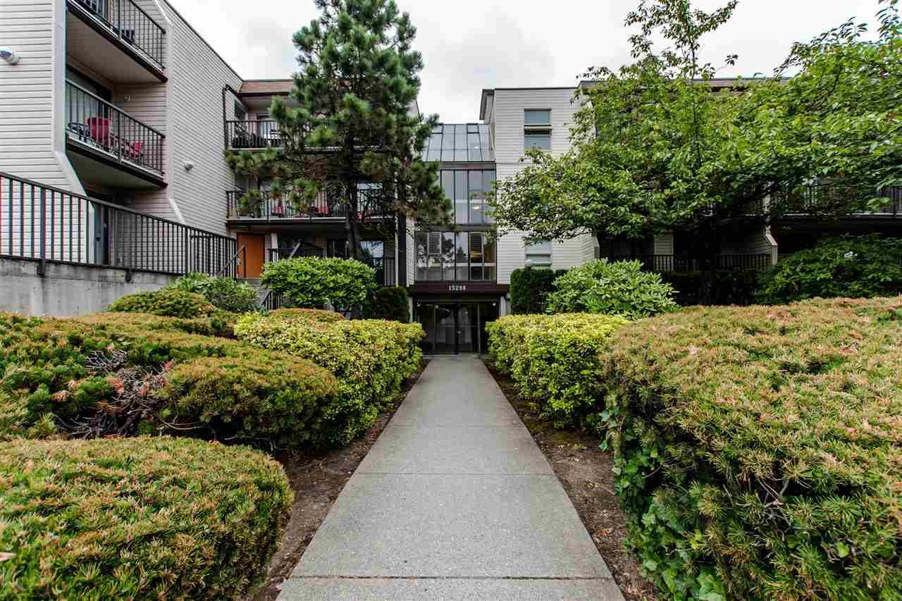 """Main Photo: 317 15288 100 Avenue in Surrey: Guildford Condo for sale in """"CEDAR GROVE"""" (North Surrey)  : MLS®# R2385694"""