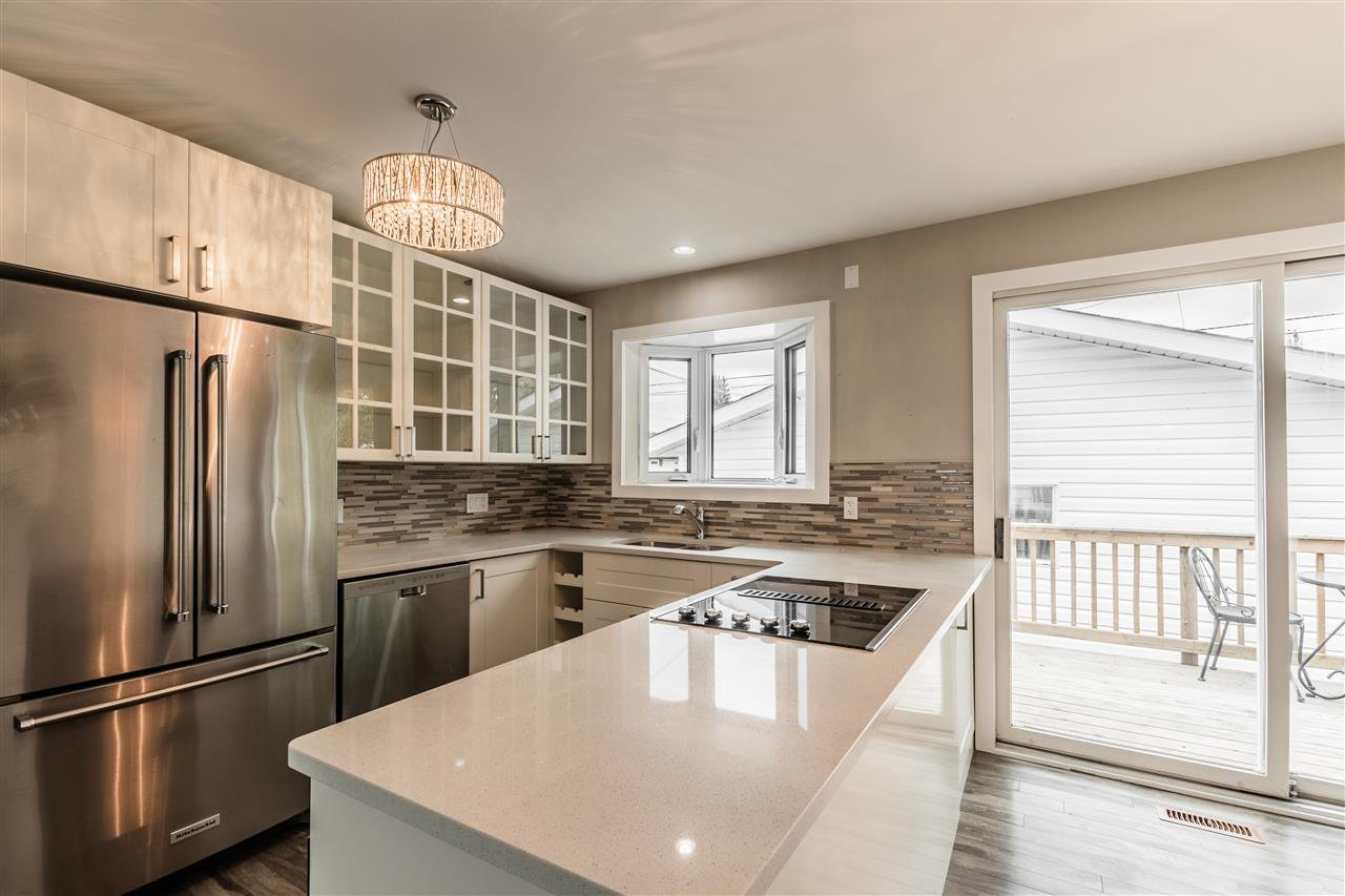 Main Photo: 5407 106 Avenue in Edmonton: Zone 19 House for sale : MLS®# E4175864