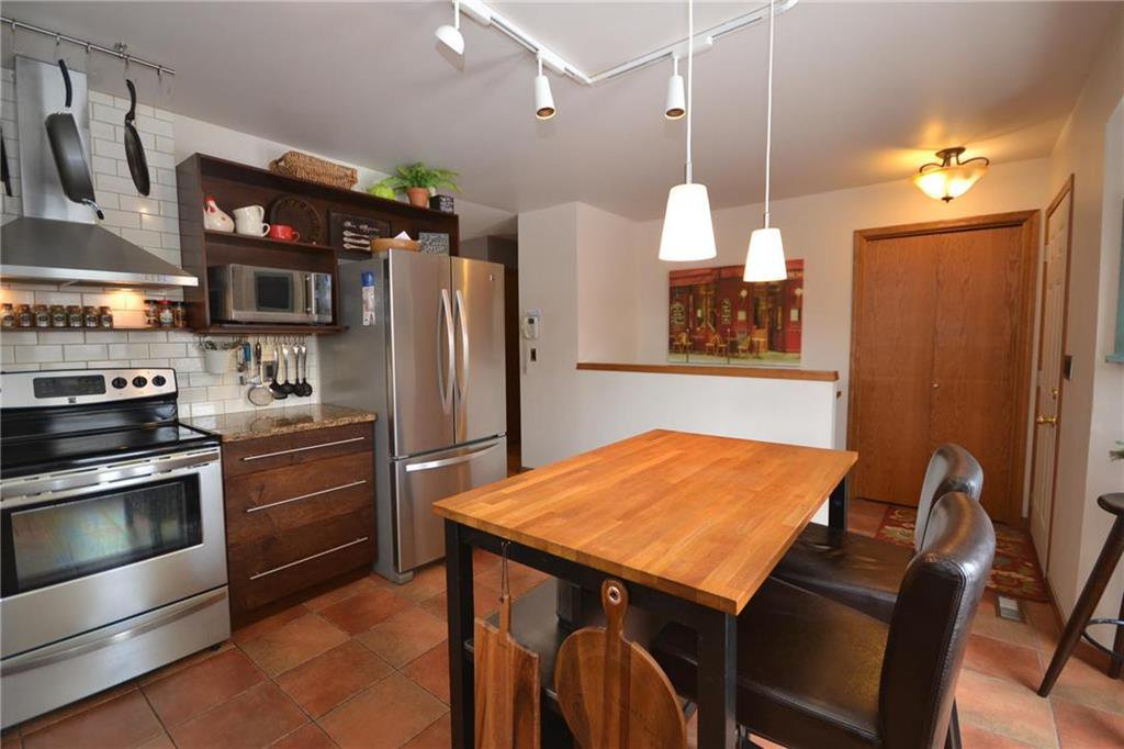 Photo 8: Photos: 108 Apple Hill Road in Winnipeg: Whyte Ridge Residential for sale (1P)  : MLS®# 202005014