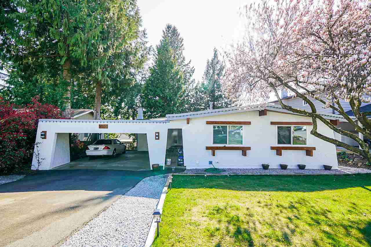 "Main Photo: 8089 MODESTO Drive in Delta: Nordel House for sale in ""Cantebury Heights"" (N. Delta)  : MLS®# R2500752"