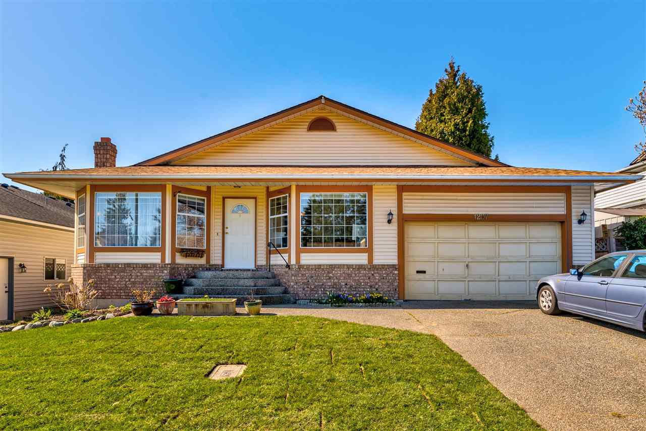 Main Photo: 1267 FINLAY Street: White Rock House for sale (South Surrey White Rock)  : MLS®# R2516931