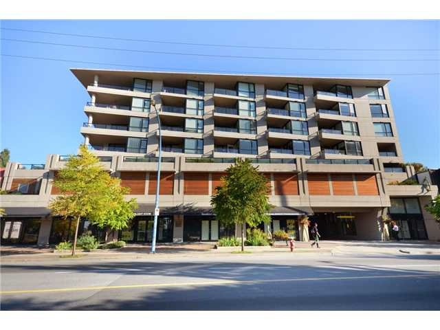 Main Photo: 400 160 West 3rd Street in North Vancouver: Lower Lonsdale Condo for sale : MLS®# V916317