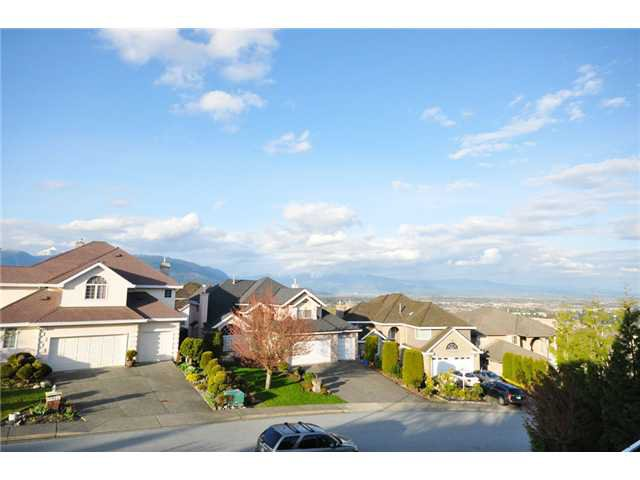 Photo 9: Photos: 2740 Nadina Drive in Coquitlam: Coquitlam East House for sale : MLS®# V884908