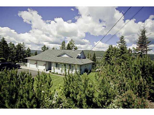 "Main Photo: 126 FETTERS Drive in Williams Lake: Lakeside Rural House for sale in ""FETTER'S SUBDIVISION"" (Williams Lake (Zone 27))  : MLS®# N233384"