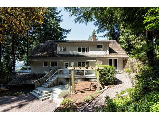 """Photo 2: Photos: 4084 ST. MARYS Avenue in North Vancouver: Upper Lonsdale House for sale in """"VIPER LONSDALE"""" : MLS®# V1122207"""
