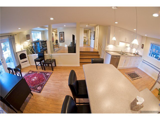 """Photo 17: Photos: 4084 ST. MARYS Avenue in North Vancouver: Upper Lonsdale House for sale in """"VIPER LONSDALE"""" : MLS®# V1122207"""