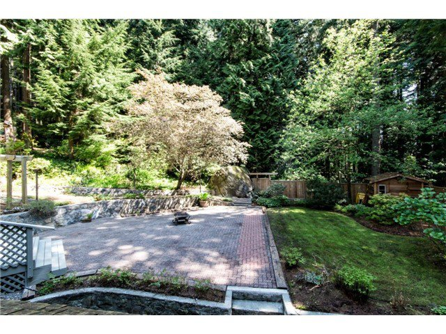 """Photo 20: Photos: 4084 ST. MARYS Avenue in North Vancouver: Upper Lonsdale House for sale in """"VIPER LONSDALE"""" : MLS®# V1122207"""