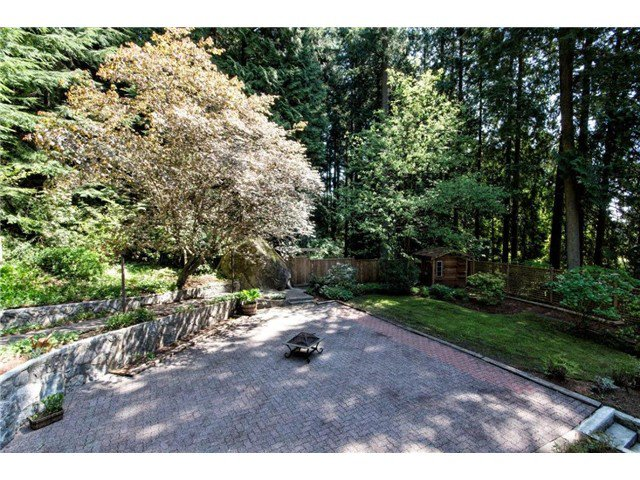 """Photo 13: Photos: 4084 ST. MARYS Avenue in North Vancouver: Upper Lonsdale House for sale in """"VIPER LONSDALE"""" : MLS®# V1122207"""