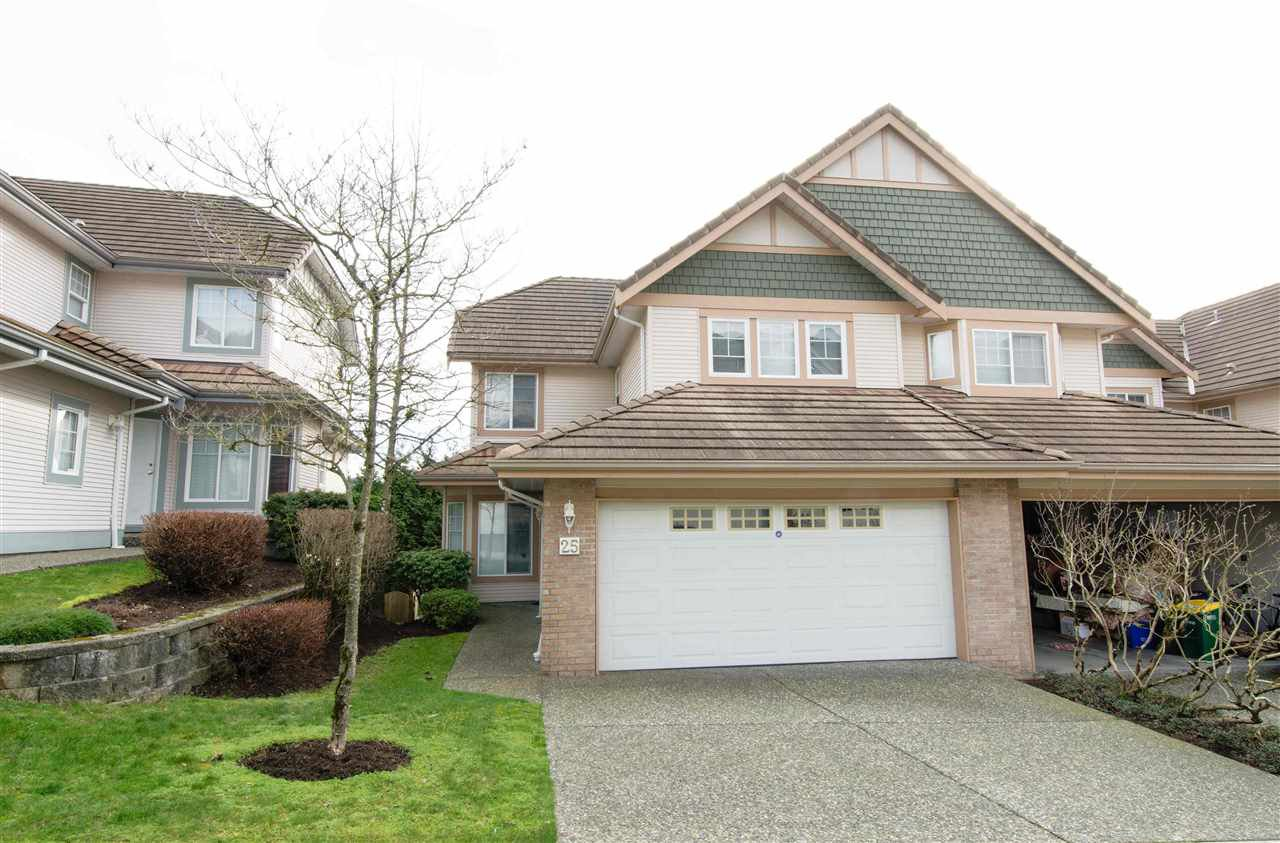 "Main Photo: 25 1751 PADDOCK Drive in Coquitlam: Westwood Plateau Townhouse for sale in ""WORTHING GREEN"" : MLS®# R2039787"