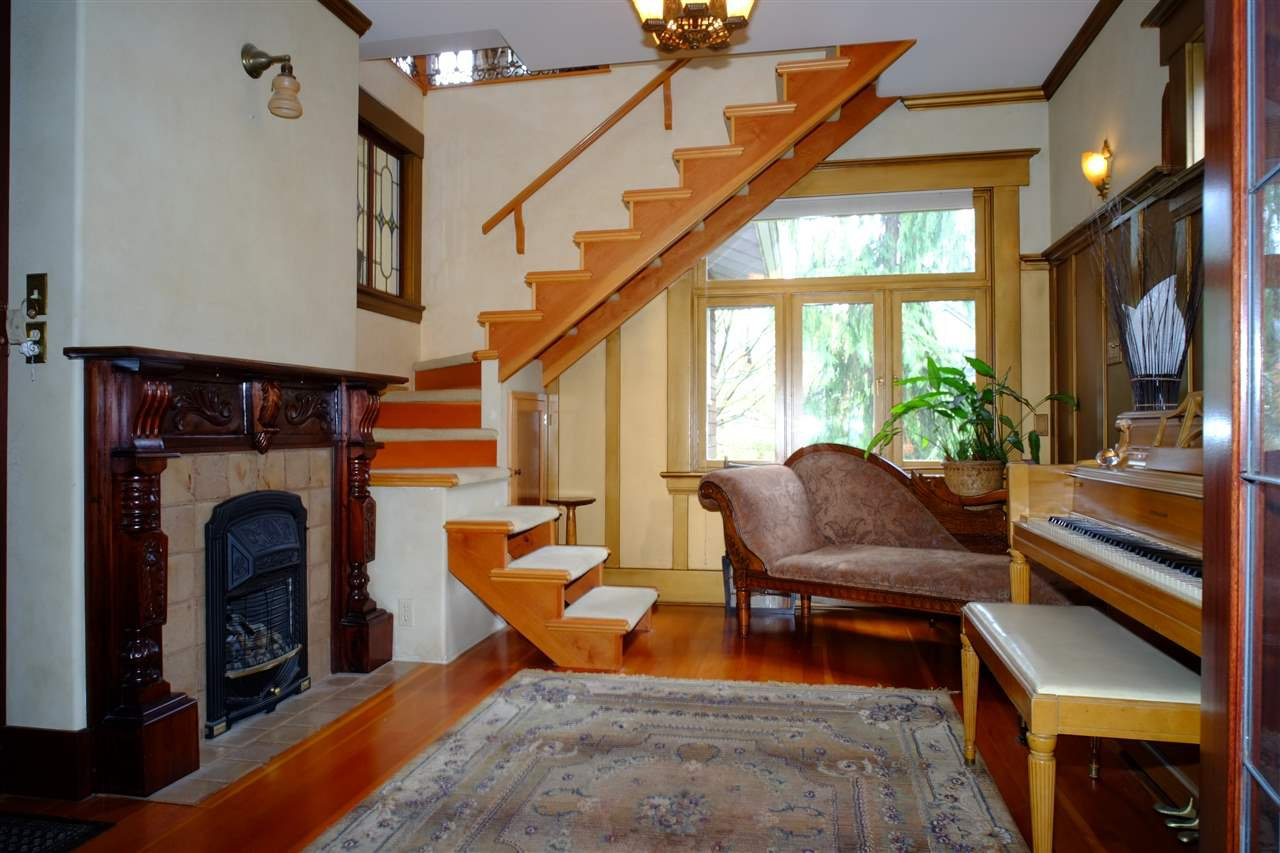 Photo 3: Photos: 2617 W 7TH Avenue in Vancouver: Kitsilano House for sale (Vancouver West)  : MLS®# R2051139