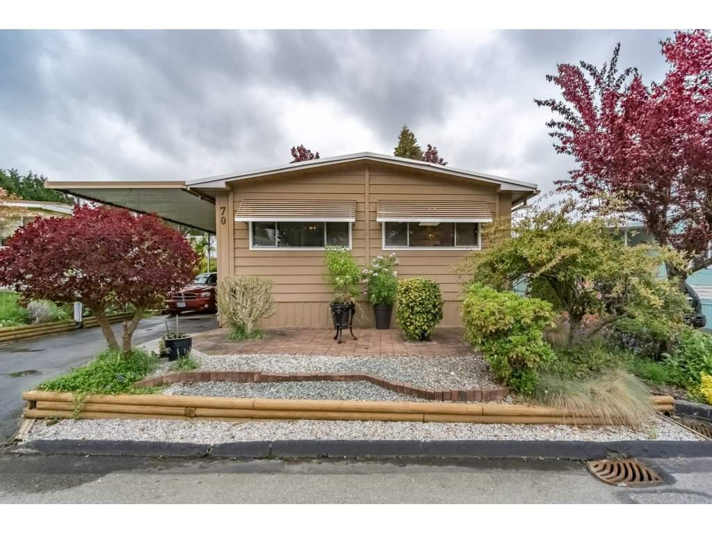 """Main Photo: 70 15875 20 Avenue in Surrey: King George Corridor Manufactured Home for sale in """"Searidge Bays"""" (South Surrey White Rock)  : MLS®# R2169478"""