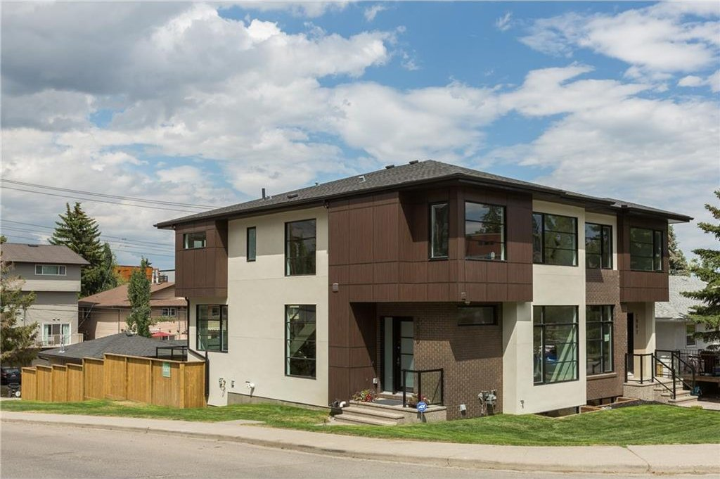 Main Photo: 2880 19 Street SW in Calgary: South Calgary House for sale : MLS®# C4121989