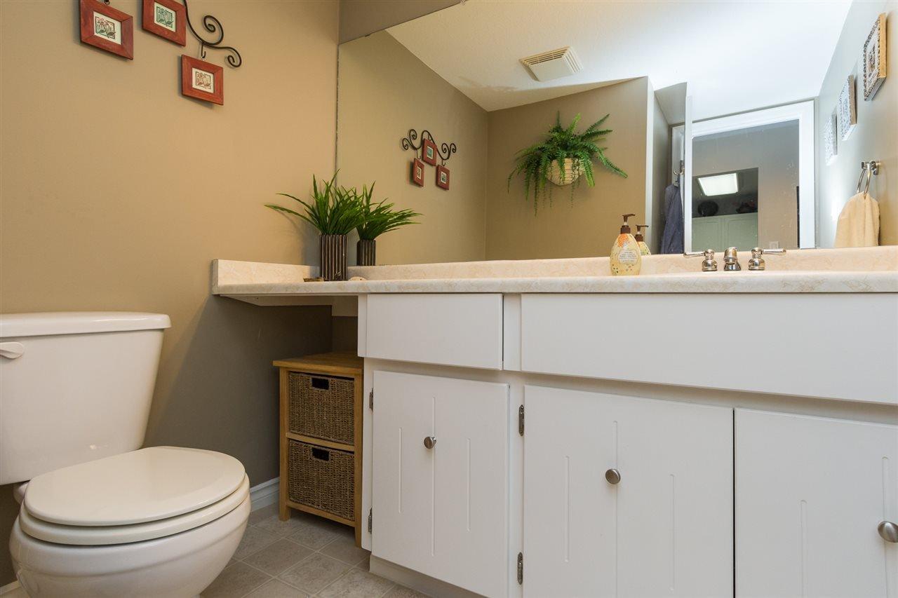 "Photo 17: Photos: 107 1354 WINTER Street: White Rock Condo for sale in ""Winter Estates"" (South Surrey White Rock)  : MLS®# R2189946"