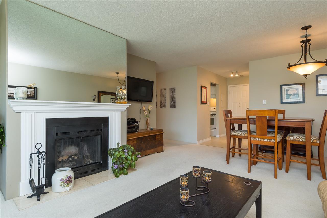 "Photo 7: Photos: 107 1354 WINTER Street: White Rock Condo for sale in ""Winter Estates"" (South Surrey White Rock)  : MLS®# R2189946"