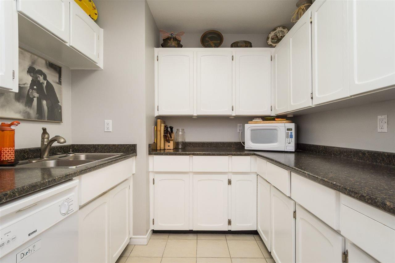 "Photo 9: Photos: 107 1354 WINTER Street: White Rock Condo for sale in ""Winter Estates"" (South Surrey White Rock)  : MLS®# R2189946"
