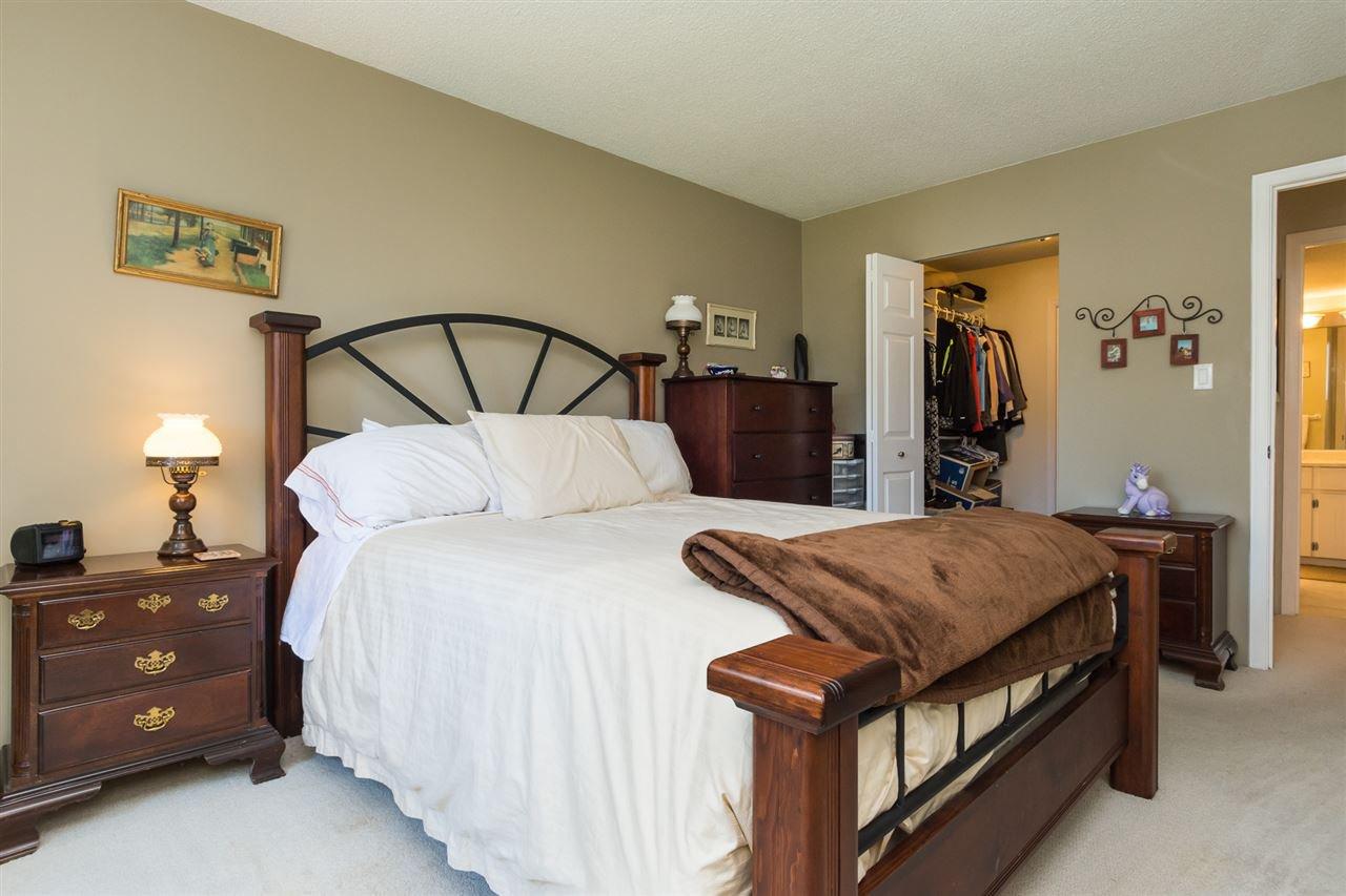 "Photo 13: Photos: 107 1354 WINTER Street: White Rock Condo for sale in ""Winter Estates"" (South Surrey White Rock)  : MLS®# R2189946"