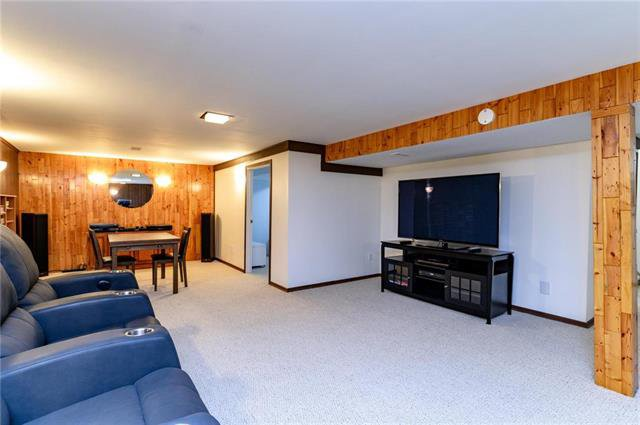Photo 13: Photos: 140 Hazelwood Crescent in Winnipeg: Residential for sale (2E)  : MLS®# 1909650