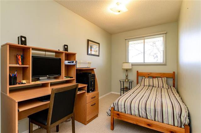 Photo 11: Photos: 140 Hazelwood Crescent in Winnipeg: Residential for sale (2E)  : MLS®# 1909650
