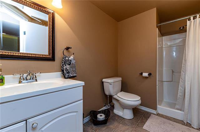 Photo 17: Photos: 49 Gobert Crescent in Winnipeg: River Park South Residential for sale (2F)  : MLS®# 1913790