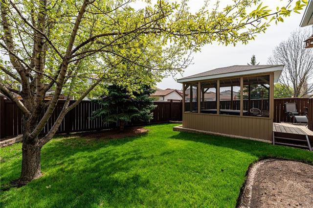 Photo 20: Photos: 49 Gobert Crescent in Winnipeg: River Park South Residential for sale (2F)  : MLS®# 1913790