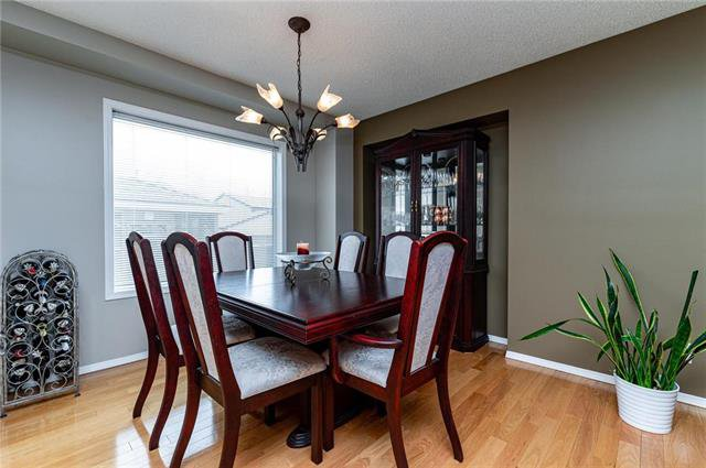 Photo 4: Photos: 49 Gobert Crescent in Winnipeg: River Park South Residential for sale (2F)  : MLS®# 1913790